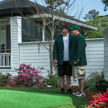 Take your picture in a Green Jacket on Magnolia Greens